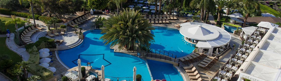 The Mediterranean Beach Hotel's popularity is enhanced greatly with the fantastic facilities on offer. Beautifully landscaped gardens and palm trees frame the beautiful split level pool and swim up Lagoon Pool Bar which serves refreshing juices and cockta